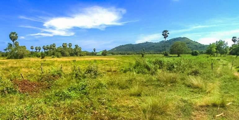 l128-land-na-mueang-04